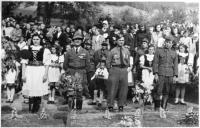 Ceremony after the war, Dalibor Knejfl in the middle