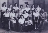 School photo - Ruth Steckelmacher is in the last row, third from the left