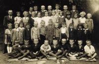 Obecná škola Olbramovice, 1.-2. třída, cca 1938