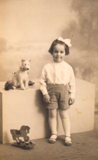 Hana, dětská fotografie 1934