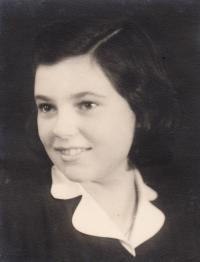 Helga Poláková-Kinsky, přítelkyně z pokoje 28 v Terezíně