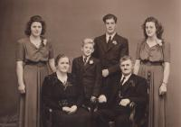 Danish family Poulsen with whom Dov lived 1939-1940