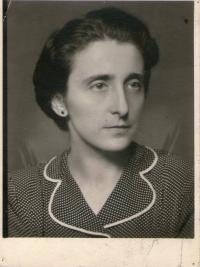 Zdena Tejčková, Edelsteinová, mother