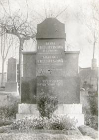 Edelsteins´grave at the jewish cemetary in Příbram