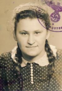 Stanislav Chromčák's wife Ludmila Hušťová