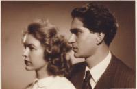 S manželkou v roce 1952