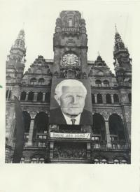 The picture of L. Svoboda on the Town Hall