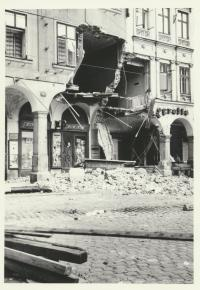 Demolished arcades at the Town Hall