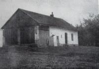 Domek v Kunčičkách u Bašky na Hlínách ve kterém ve sklepě sídlil štáb partyzánu Jiskra (strýc Jakub Bílek)