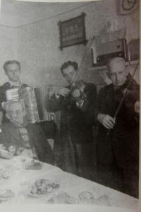 Hubert Kirchner on the left