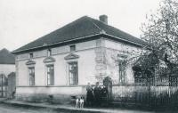 House in Tismice numer 16, the house where mother of the Nehasil Family was born