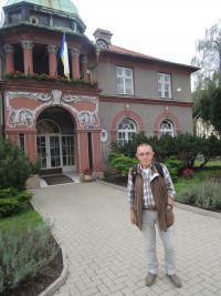 Jaroslav Haidler in front of Local Authority