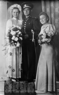 Parents wedding photo; Domažlice, 1940 (at the latest)