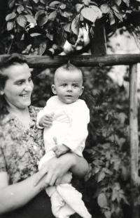 Ivan Landsmann and His Mother (1949)