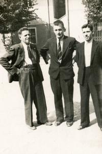 Antonín Landsmann, Ivan Landsmann's Grandfather (in the Middle)