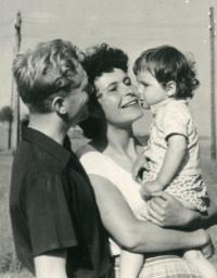 Antonín Kachlík with his wife Květa and daughter Kateřina