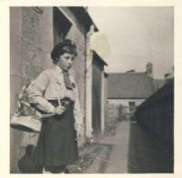Denise jako skautka, 1960