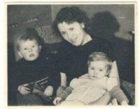 Truda s Peterem a Denise, Tain, 1949
