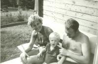 Anna Tesařová-Koutná with her son-in-low Jiří Müller and his son David
