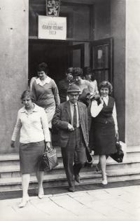 A. Tesařová, 1964