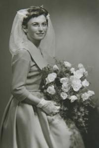 Jun 10, 1960 - the wedding