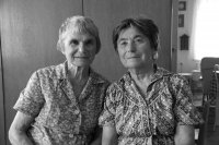 Aug 2015 - with her sister Eva in Josefov