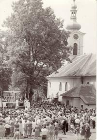 Jaroslav's first mass after his ordination, 1970