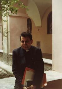 In the monastery of Saint Giles in Prague, 1990