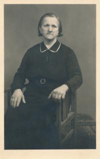 Great-grandmother Antonie