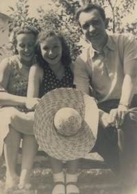 Miluška Havlůjová with her mum and dad during summer holidays 1944