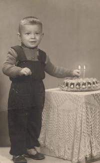 Photo of her two-year-old son Tomáš, which Miluška Havlůjová was allowed to have with her in prison, 1953