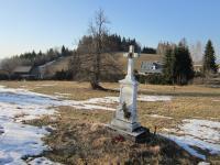 Cross in the defunct village Štolnava (Prameny, Stollenhau in German).