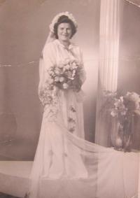 His first wife Marie (Ondrýšková)