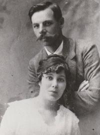 Stanislav's parents Marie and Stanislav Švarc