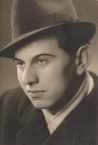 Luboš Hruška, maturita, únor 1946