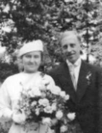 Svatební fotka Janových rodičů z roku 1935