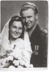 Husnik and his wife - wedding photo
