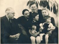 Olga Fialová with Her Family (Cilbulka, Christmas 1959)