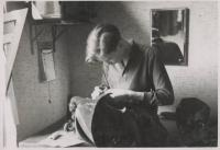 Wittnes as a tailor's apprentice