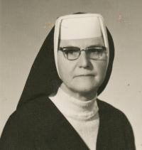 Anna Cihlářová, Miriam's aunt, 1971