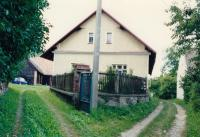 1990, rodný dům v Střežiměři
