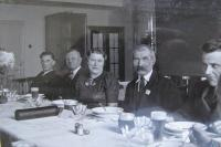 "On the left: personnel manager Hlavnička, ""old man"" - manager of the HR department, Mrs. Hlavničková; on the left: the oldest employee who retired in that year"