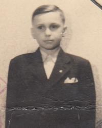 Josef Tvrzník, 1943