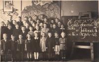 Czech class in German school in Jablonec nad Nisou - Pivovarská street, 1944-45 (Josef Tvrzník in the top row - third from the left)
