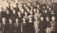 Czech primary school in Jablonec nad Nisou, 1944-45 (Josef Tvrzník in the top row - third from the left)
