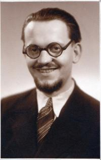Portrait from the year 1944