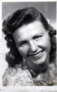 Portrait of Galina, his future wife, 1946