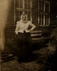 Granny Langová,unlocated, undated