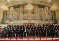 J.M. Dobrodinský conducting the Slovak Philharmonic Choir
