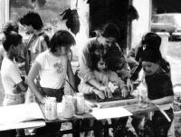 Róza Hodosánteachs kids to print with ramka technique, 1984, Tornyiszentmiklós